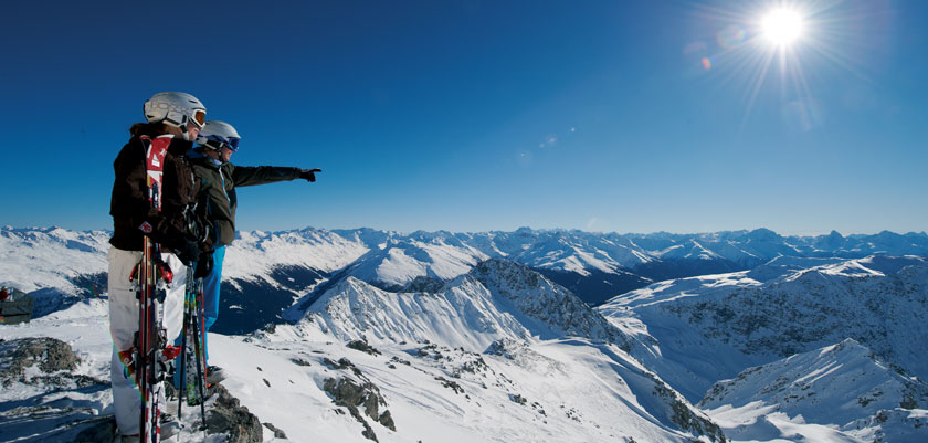 Switzerland_Graubünden-Ski-Region_Davos_Mountain-top-view.jpg